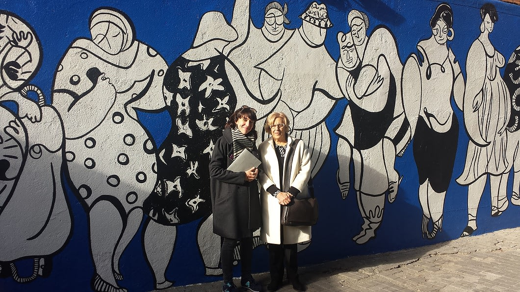 Manuela Carmena Andrea Santamarina MPDL Movimiento por la Paz Mural Peace Drawings Arte Urbano Madrid Vallecas 11jpg 1